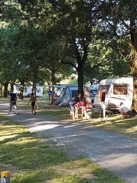 location mobil home et emplacement dans camping situé à Arces sur Gironde en Charente Maritime