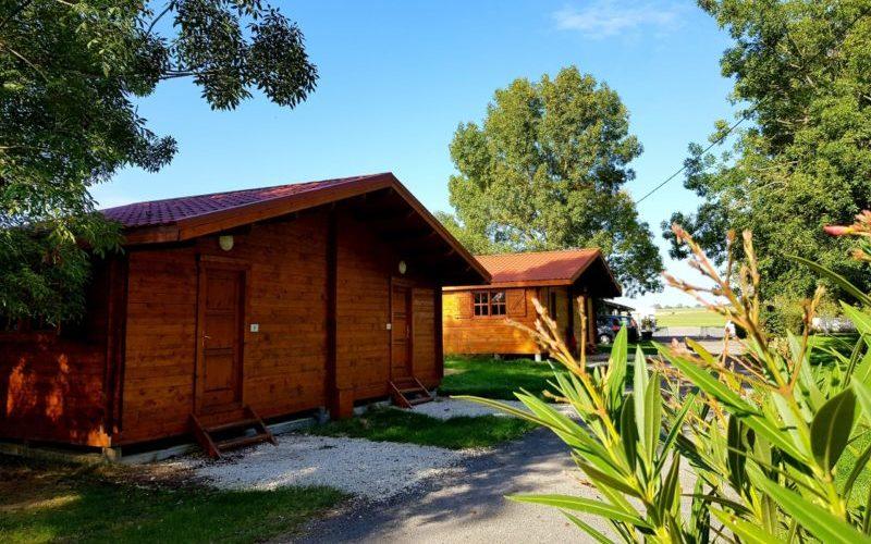bungalow et mobil home dans camping au calme à 10 minutes des plages de Meschers