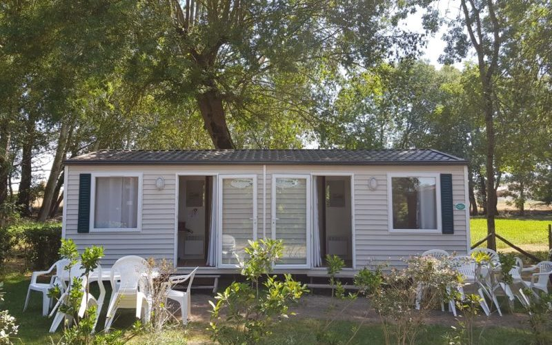 location mobil home et bungalow dans camping au calme avec piscine