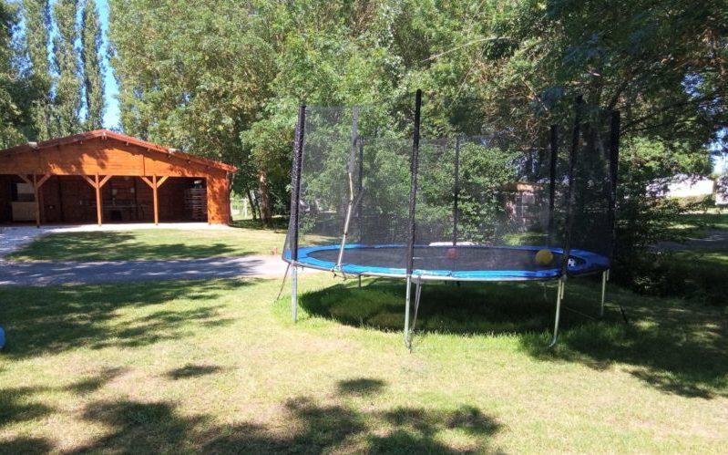 Location mobil home et emplacement tente et caravane à proximité de Meschers